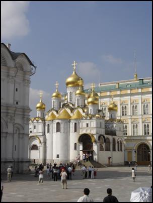 Благовещенский собор Московского Кремля. Его расписывал Ф.Грек в 1405 г.