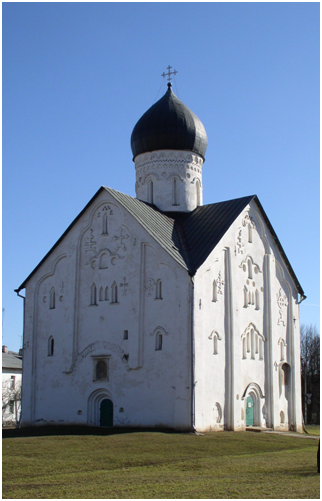Церковь Спаса на Ильине в Новгороде. В нём сохранились фрески Ф.Грека.