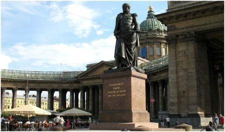 Памятник Барклаю де Толли. Санкт Петербург, 1837 г, скульптор Орловский Б.И.